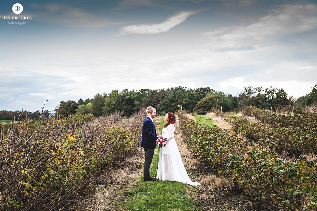 Park House Barn wedding photographer