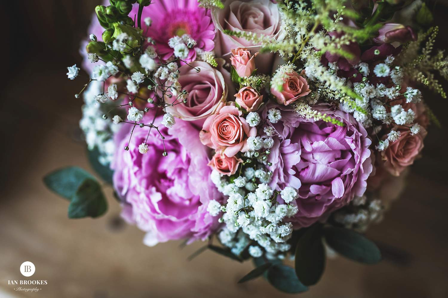 bashall barn wedding flowers